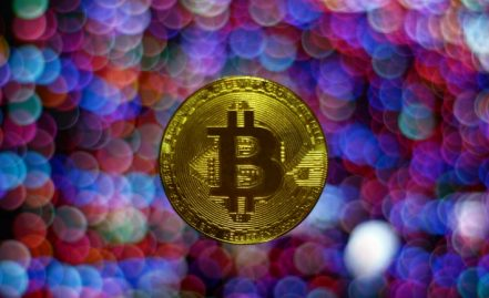 How to use bitcoin at slot machines?
