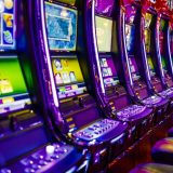 Difference between pokies and slot machines